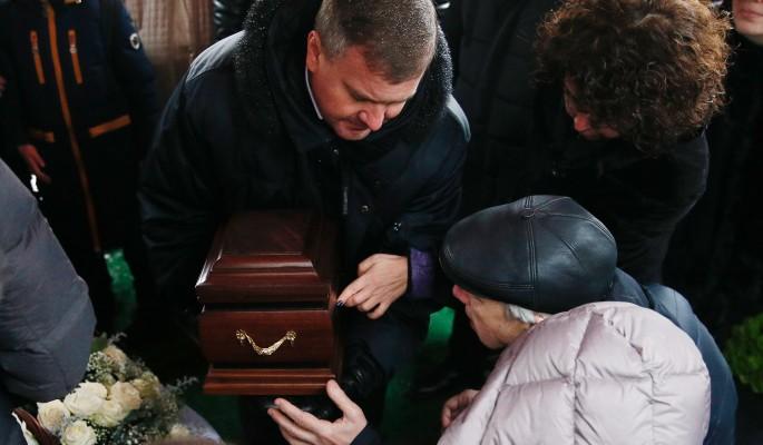 Куда исчезла капсула с прахом Хворостовского