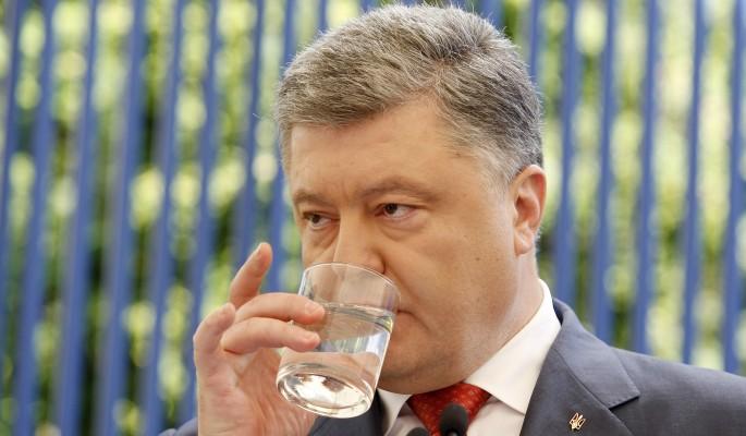 Раскрыта личность собутыльника Порошенко