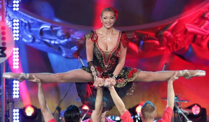 Новогодний шпагат опозоренной Волочковой взбесил россиян