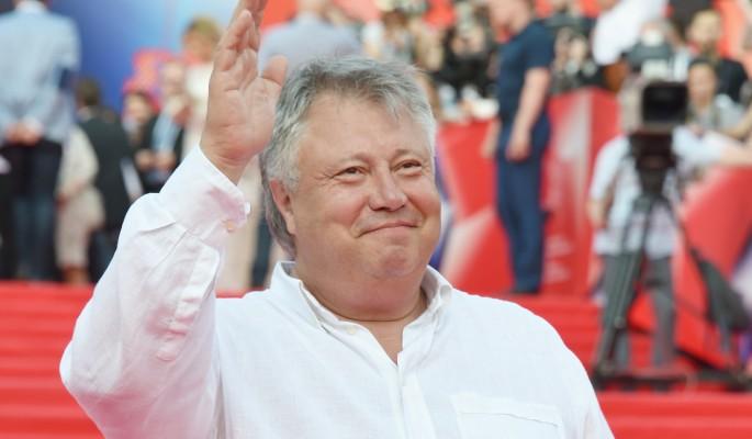 Актера Сергея Степанченко откачивали в театре