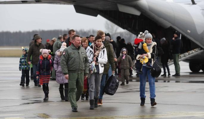 Киев нелепо оправдался за сбежавших в Польшу украинцев