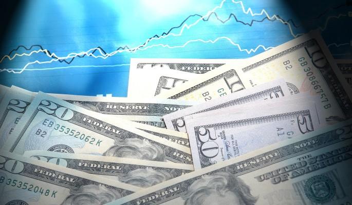 На форуме в Давосе минфин США ускорил ослабление доллара