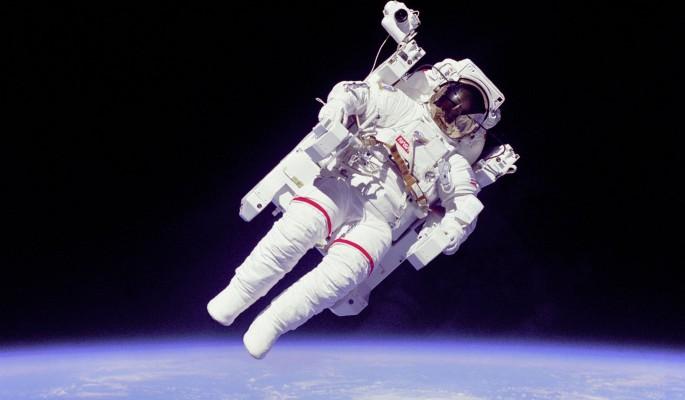 Астронавтов NASA накормят фекалиями