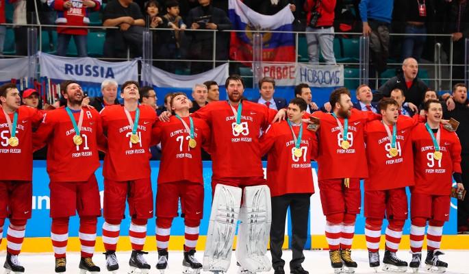Запад начал атаку на спевших гимн России хоккеистов