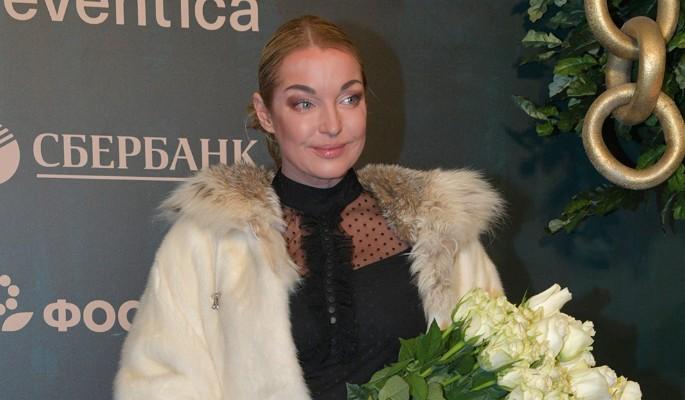 Волочкова поставила себя выше королевской семьи