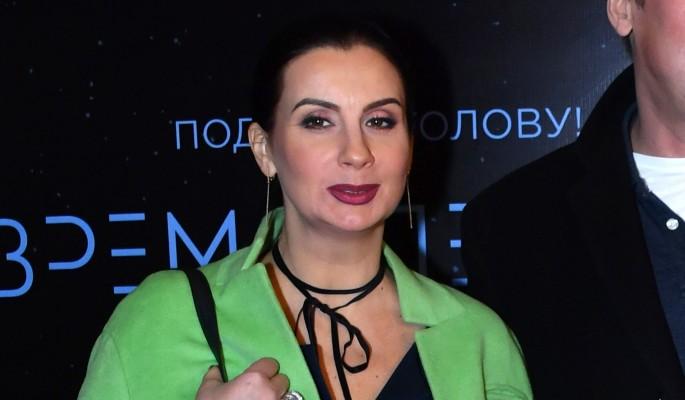 50-летняя Стриженова сообщила о беременности