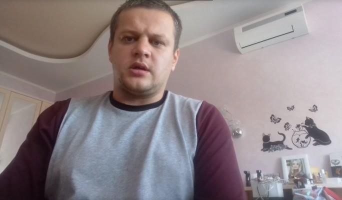 Потерявший семью Востриков довел до слез трогательным видео