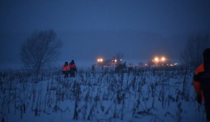 Останки жертв месяц гниют на месте трагедии Ан-148