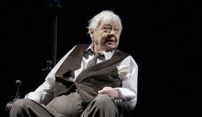 Женовач и Машков принимут руководство театрами после смерти Олега Табакова