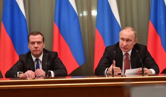 Кто лишится постов в обновленной команде Путина и Медведева