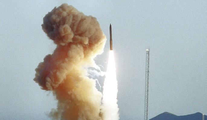 США испытали устаревший на полвека аналог российского оружия