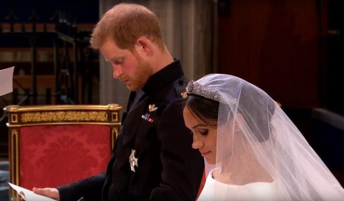 """Она сказала """"да"""": принц Гарри женился на темнокожей простолюдинке"""