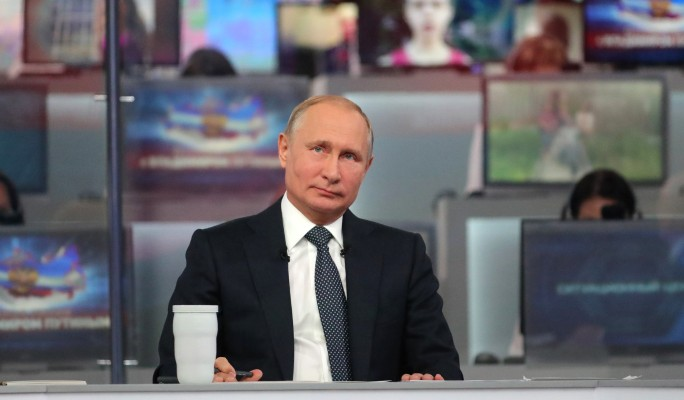 Путин о внуках: Хотелось бы больше общаться