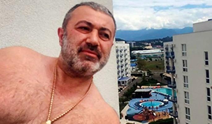 Родственники забросили могилу насильника Хачатуряна