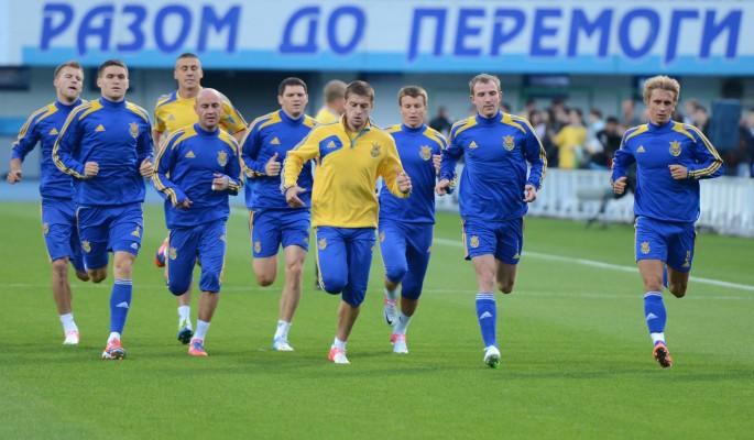 Нацистский лозунг на форме cборной Украины по футболу возмутил россиян