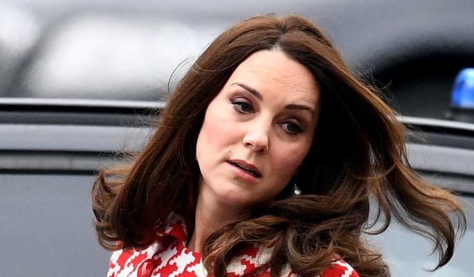 Меган Маркл затмила ожидающую еще одного младенца Кейт Миддлтон