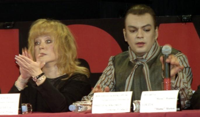Оскандалившийся Киркоров оказался под гипнозом Пугачевой