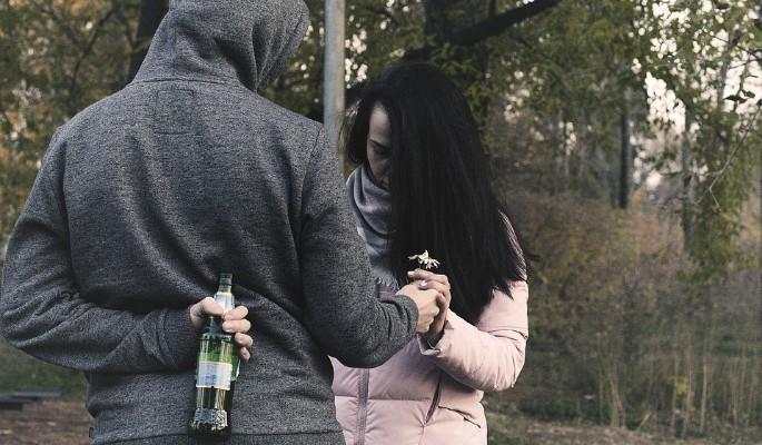 Как родители приводят детей к алкоголизму и наркомании