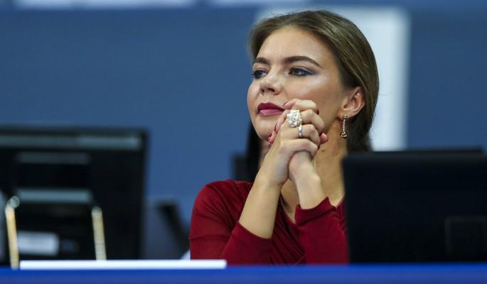 Алина Кабаева покинула Москву ради детей