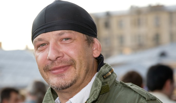 Лишившаяся волос вдова убивается по Марьянову