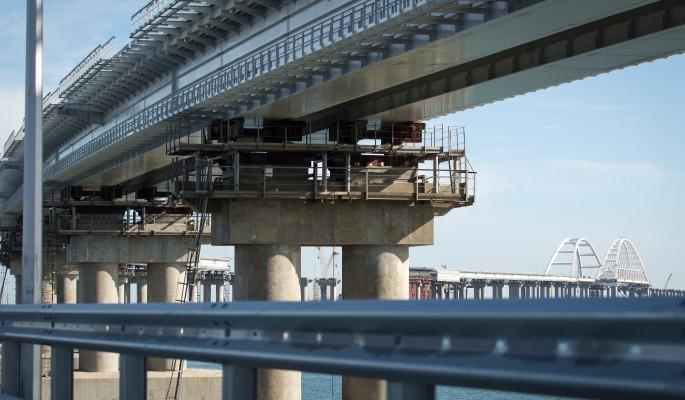 На дороги у Крымского моста потратят миллиарды