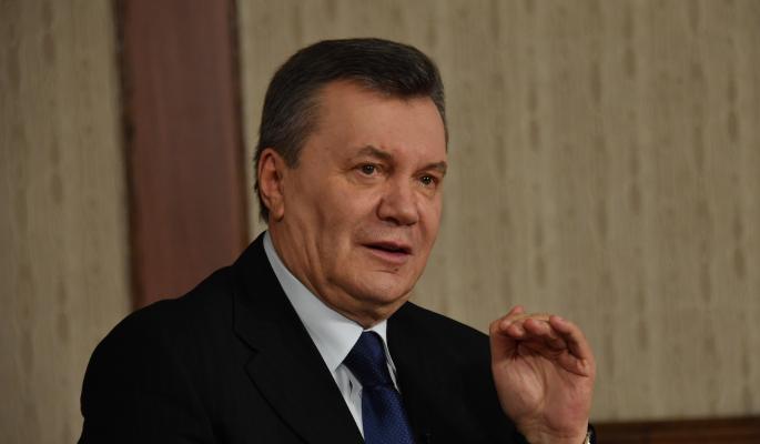 Януковича срочно госпитализировали с травмой позвоночника