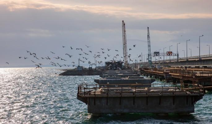 Украина вторглась в Россию: флот идет к Крымскому мосту