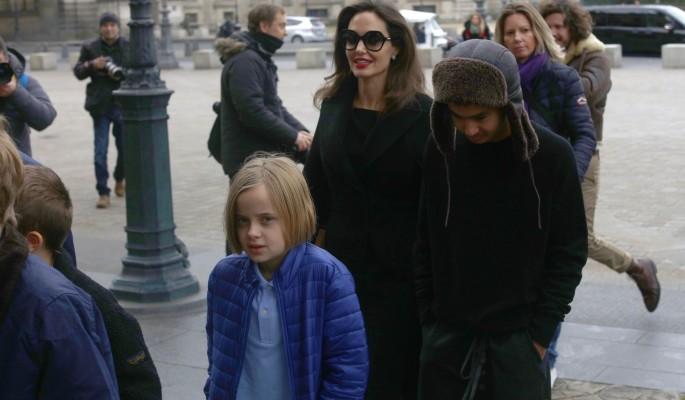 Джоли пообещала прилюдно вылить на Питта ушат помоев