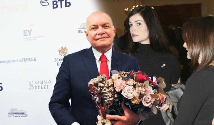 Ведите себя прилично: Андреева и Киселев устроили публичную разборку