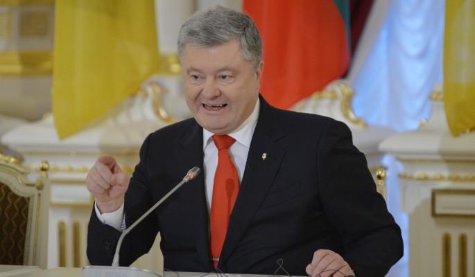 Пьяный Порошенко поиздевался над нищими украинцами