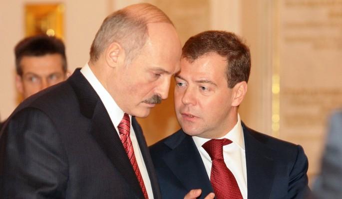 Медведев резко осадил забывчивого Лукашенко