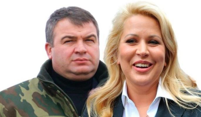 Сердюкова и Васильеву заподозрили в желании сбежать из России