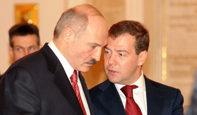 Медведев сделал внушение непонятливому Лукашенко