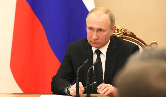 Звезды полетели: Путин снял с должностей десяток генералов