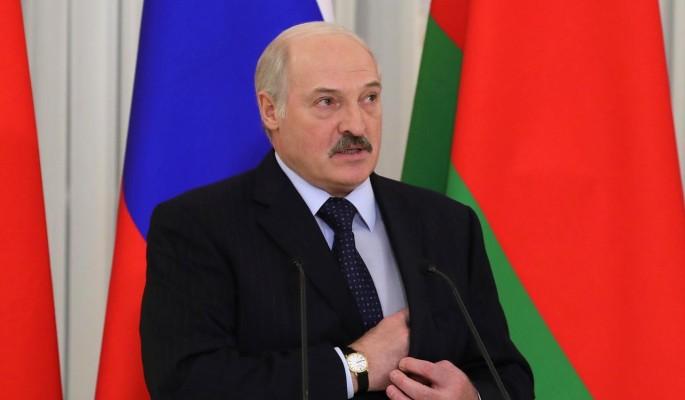 Кремль приструнил побежавшего на Запад Лукашенко