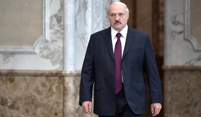 Непостоянный Лукашенко довел до припадка нервных украинцев