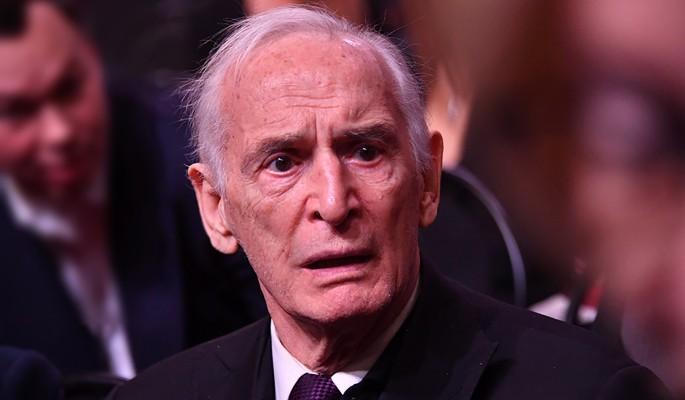 Скотское отношение к 85-летнему Лановому вызвало оторопь