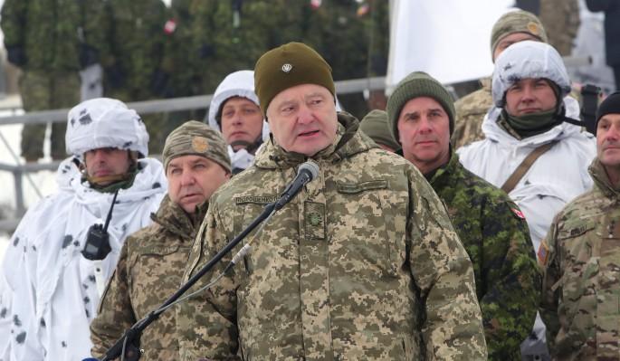 Загнанный в угол Порошенко начал воздушную атаку на Донецк