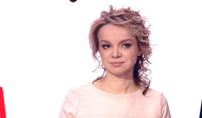 """""""Фея в халатике"""": Цымбалюк-Романовскую сняли в туалете возле Кремля"""