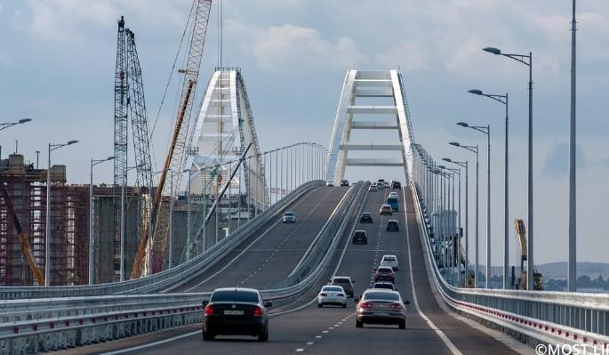 Жуткая авария на Крымском мосту взбудоражила россиян