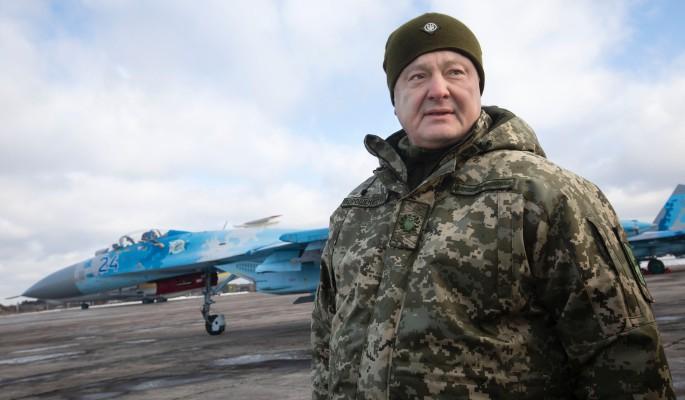 Приговоренный к расстрелу Порошенко готовит кровавый балаган