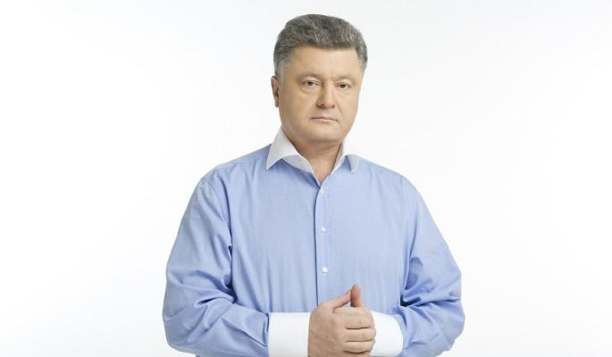 Неадекватный Порошенко оттаскал украинца за нос