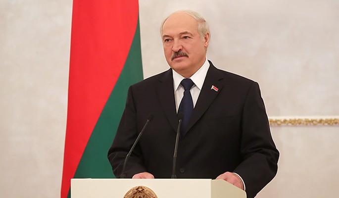 Неудачник Лукашенко снова шантажирует Путина