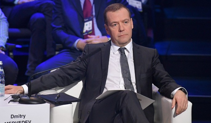 Медведев отчитал непонятливого Лукашенко за Крым