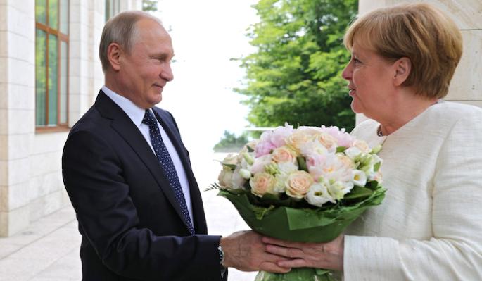 Меркель закатила истерику из-за Путина