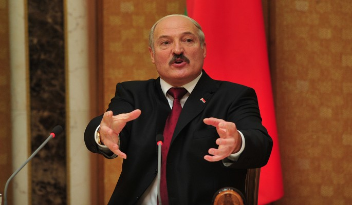 Лукашенко толкает Украину к войне с Россией