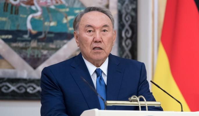 Подробности срочной отставки Назарбаева