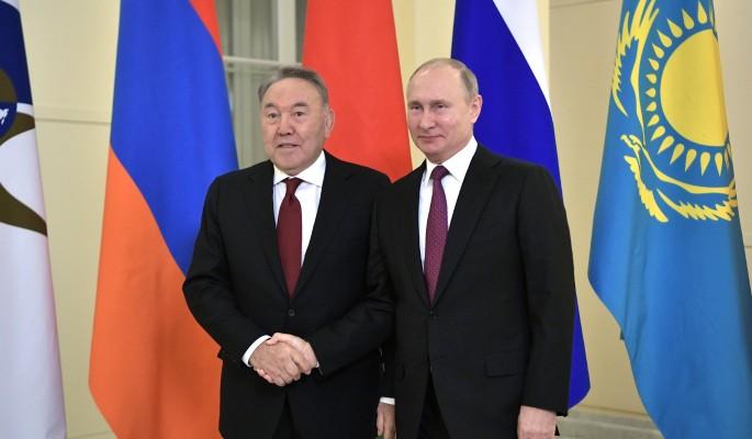 Ушедший в отставку Назарбаев провел тайную беседу с Путиным