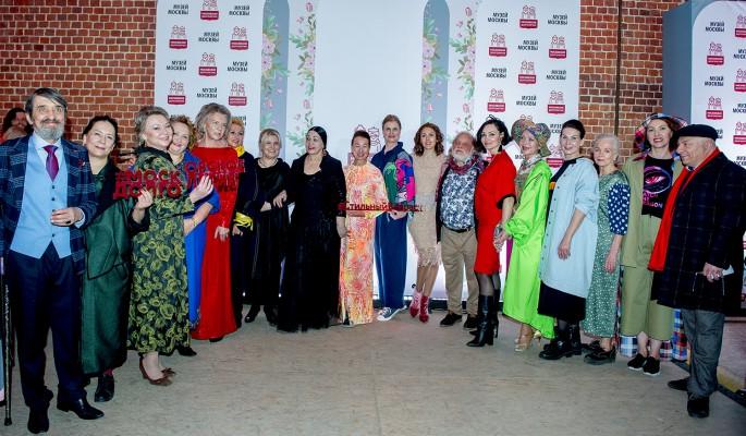 Советские актеры представили одежду молодых российских дизайнеров