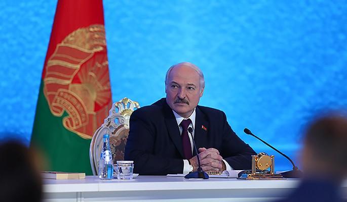 Обезумевший Лукашенко объявил войну Путину